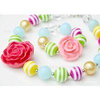 新款来袭 100%亚克力 玫瑰花型吊坠项链 ,塑料珠项链,毛衣项链