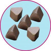 咖啡色高铝瓷三角研磨石销售,厂家直销氧化铝抛光石,磨块,抛光磨料批发