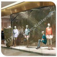 GS巨式国际五线谱橱窗 橱窗设计方案 模特 橱窗布置 美陈橱窗道具厂