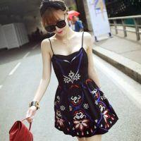 2015夏季新款呛口小辣椒明星同款民族风修身刺绣图腾吊带连衣裙