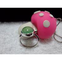 绿玉髓戒指 葡萄石的颜色 纯银制品戒指 典雅大方  可出证书