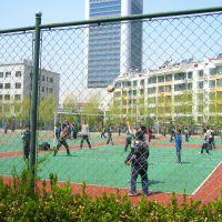 隆恩生产_销售_安装学校体育场围栏网 球场围栏网