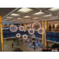 中庭吊灯厂家批发商场中庭装饰吊灯 中空新款LED火花球吊灯