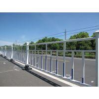 HC张家口锌钢道路围栏,张家口喷塑河道护栏,Q235组装式围墙栏杆,仿竹节篱笆栅栏