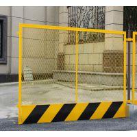 广州基坑临边护栏现货 建筑隔离栅栏 天河黄黑色铁丝网价格