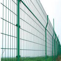 高速公路框架护栏网 草绿色钢丝网园林防护网圈地养殖框架护栏网