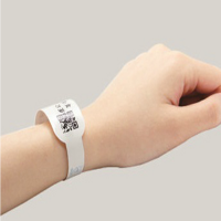 常州泉辰印刷 腕带用不干胶标签 医院条码打印腕带标签 医用识别带定制