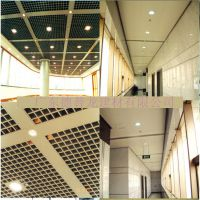 展馆1.5mm冲孔铝单板吊顶 靖江市氟碳弧形铝单板厂家