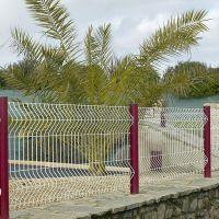 桃型柱护栏网安装方法低碳钢丝焊接围栏抗老化护栏网厂家