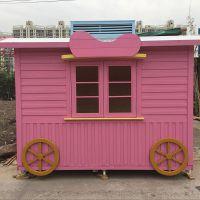 时代广场户外防腐木售货车,木制售货亭,冰淇淋实木售卖亭.