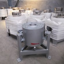 供应减震80型立式离心式滤油机,小型花生过滤机油品纯正清亮