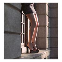 美国流行女鞋Jeffrey Campbell新品黑金色一字带防水台粗高跟搭扣宴会鞋凉鞋