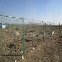 铁艺防护窗 桃型柱护栏网厂家 绿色圈山铁丝网