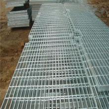 室外楼梯踏步板 无锡钢格板规格 楼梯踏步板施工工艺