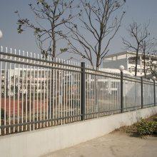 揭阳铁艺围墙护栏款式 学校围墙栅栏供应 揭阳小区锌钢护栏批发