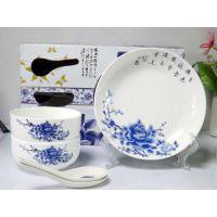 青花瓷餐具定做、景德镇陶瓷餐具生产厂家、青花瓷礼品餐具批发