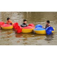 单人儿童游乐水上手摇船有双人的吗?