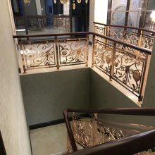 别墅铜楼梯护栏多少钱一米?