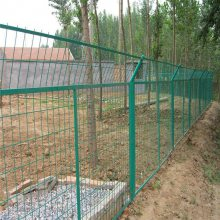南宁双边丝护栏网 长春高速公路护栏网厂 绿色边框围栏网厂家