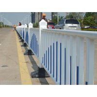 抚州道路栅栏PVC塑钢栅栏 吉安交通设施市政围栏 安全防护隔离栅栏