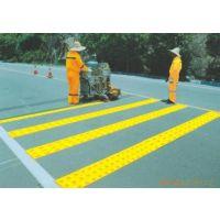 巴南马路划线公司 重庆专业振荡标线 热熔标线施工队伍电话
