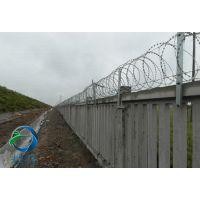 围墙刺丝滚笼如何安装-耀佳丝网专业安装和指导