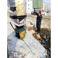 挖地基有硬石头怎么办劈裂棒效率