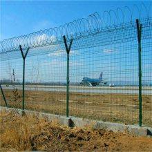防撞护栏网 双边丝护栏网 桃型柱围栏网