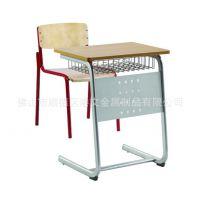 可以升降简约款学生课桌椅 金属桌椅 厂家定制