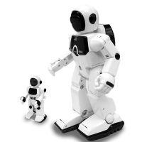 深圳手板模型加工厂直销机器人模型采用独特工艺设计