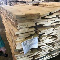 金威木业供应欧洲进口FSC白蜡毛边板实木板月供10柜防腐防虫