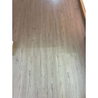 海南精装修工程地板强化地板,多层实木地板。