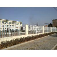 湖南PVC定制护栏厂 来武汉PVC祥云护栏厂家,专业制作塑钢草坪 绿化别墅 围栏栅栏