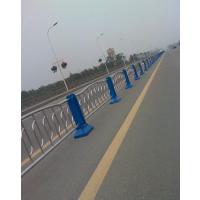 熊猫隔离栏 成都市政道路护栏厂家 成都机动车隔离栏