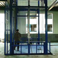 SJD5T-8M导轨式液压简易货梯 链条式升降作业平台厂家直销