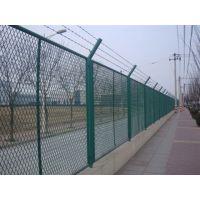 公路防护栅栏 高速公路防护栅栏 护栏网批发