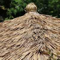吉林和龙市装饰仿真草复古茅草屋面瓦_塑料仿真树脂防火茅草瓦