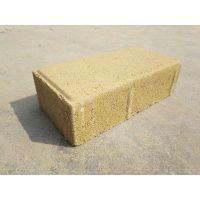 建菱砖和透水砖有区别吗