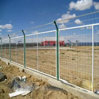金属护栏网 厂区防护网 水源地围栏隔离网