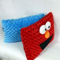 厂家专业定制毛绒玩具抱枕靠垫 芝麻街方形抱枕来图打样加工定制