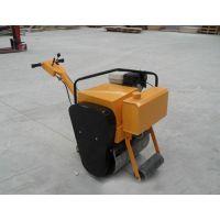一个小轮子的压路机 单个轮的压路机在联静
