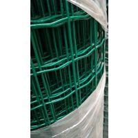 厂家现货供应铁丝围栏网价格好质量优结实耐用6公分