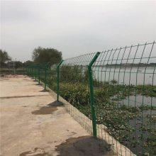 双边丝护栏网现货 池塘防护网 绿色铁丝围栏网