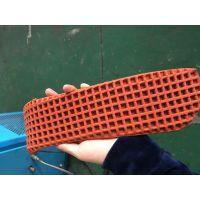 昆山兵仕机械塑胶跑道生产线设备_橡胶跑道生产线