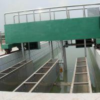 污水处理设备春雨华行车式虹吸泥机