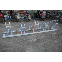 供应卡位式自行车停放架、学校专用不锈钢卡位式自行车停放13439983864卡位自行车停放架厂家直销