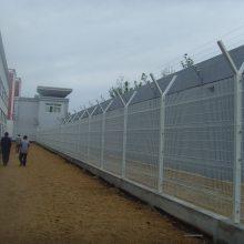 深圳边境地区刺丝网价格 军队防护网 潮州部队钢网墙防护网