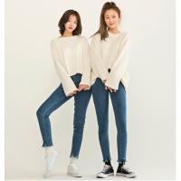 女裤牛仔裤尾货货源低价牛仔裤新塘牛仔裤8一12元批发2018牛仔裤流行趋势