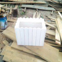 生产优质户外花箱供应商,实木花箱真正产地厂家,总厂批发