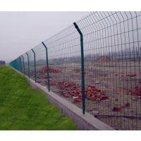 供应双边丝护栏网¥直销双边夹丝防护围栏网片¥墨绿色浸塑双边丝护栏网